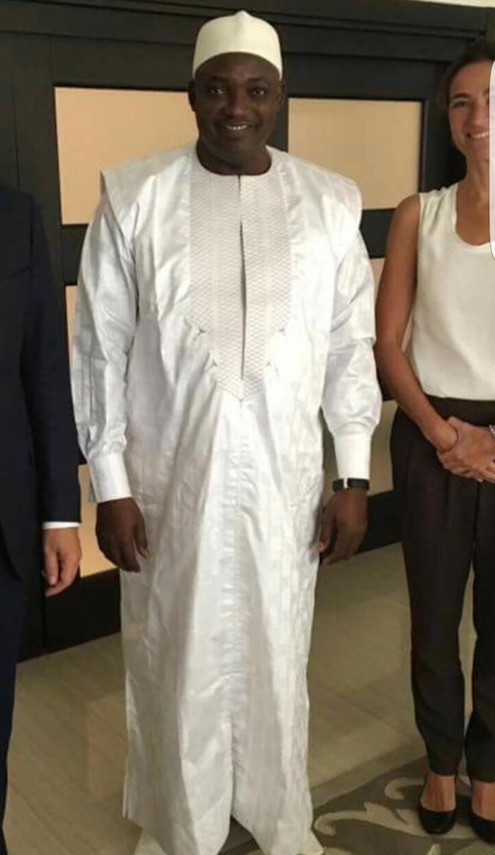 SÉNÉGAL/GAMBIE : Le président Adama Barrow dans les habits de Macky Sall
