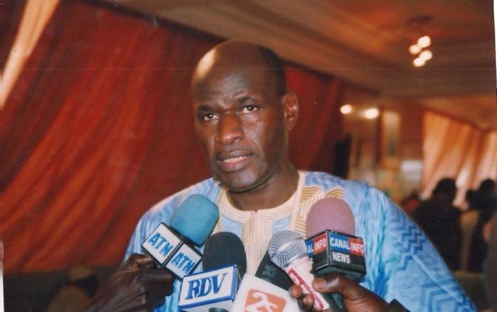 CRISE GAMBIENNE : L'APD salue la fermeté et la diplomatie du Président Macky Sall et de la CEDEAO