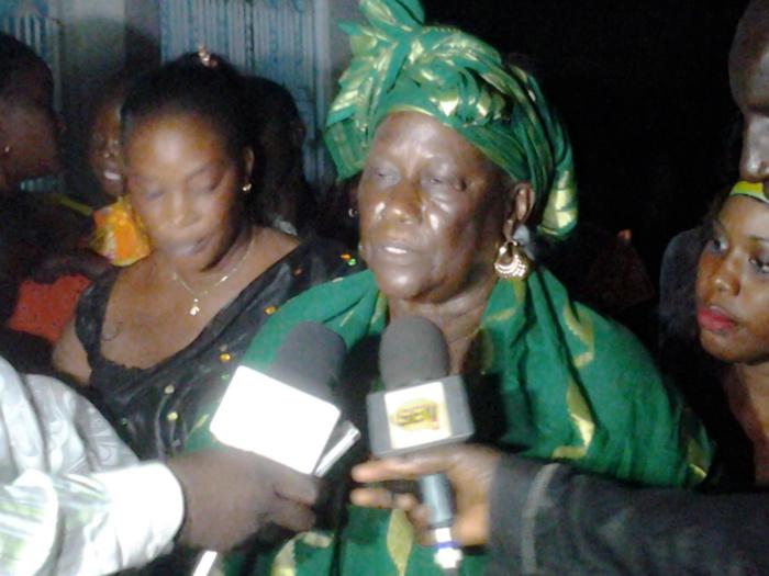 SOKHNA MOUMY MBAYE (Doyenne Pds à Touba) : « Wade ne doit pas céder au chantage, viendrait-il d'un Mbacké-Mbacké »