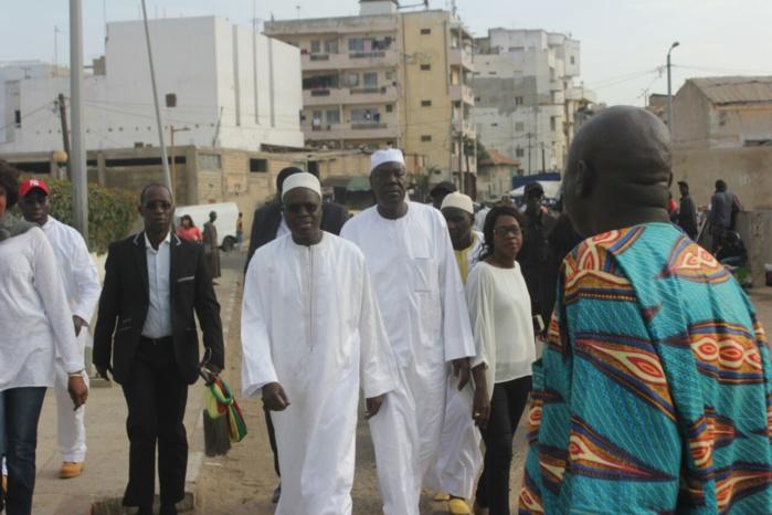 Audition du Maire de la Ville : Une foule au Tribunal de Dakar en soutien à Khalifa Sall