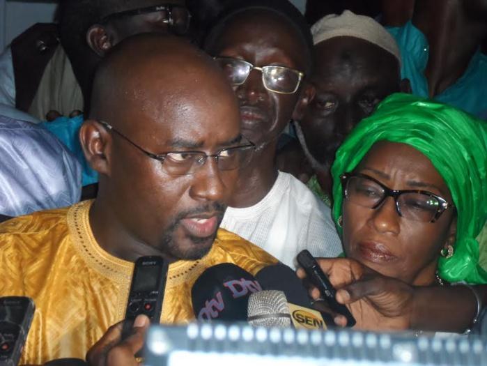 EXCLUSIF - Le maire Rewmiste de Ngaye reçu avec 20 conseillers au Palais