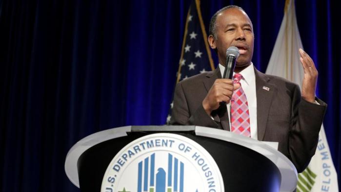 ETATS-UNIS : le ministre Ben Carson associe les esclaves à des «migrants»