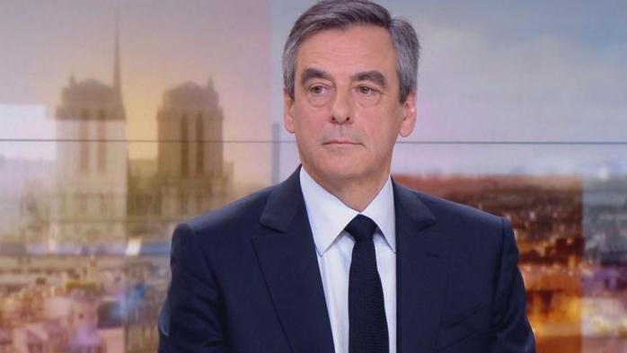 Soupçons d'emplois fictifs : François Fillon mis en examen, notamment pour détournement de fonds publics