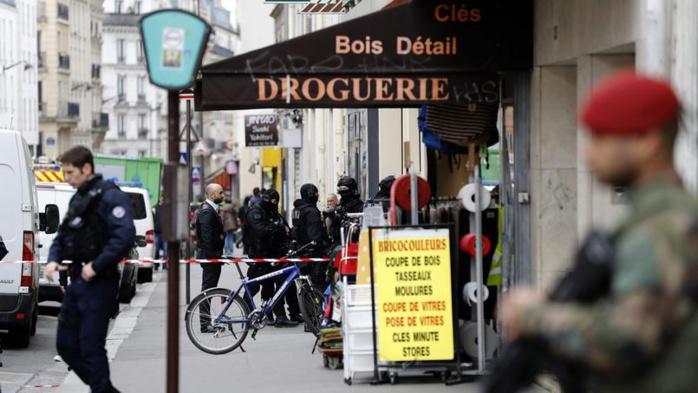 Deux hommes retrouvés égorgés à Paris