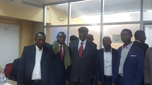 PARIS : Ousmane Ngom s'enquiert de l'avancée des travaux de la commission d'inscription des nouvelles cartes d'identité