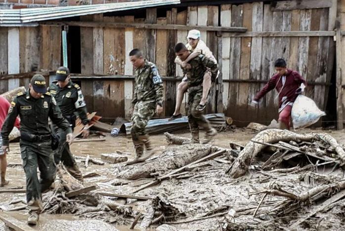 Colombie : La coulée de boue a franchi la barre des 300 morts