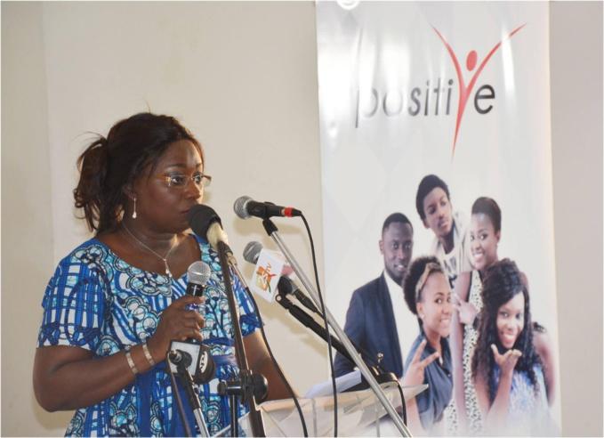 """THIÈS : Le Dr Safiétou Thiam crée le mouvement """"Présence citoyenne"""""""