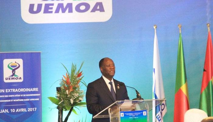 Alassane Ouattara réfute l'information sur une dévaluation du CFA