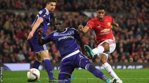 Europa league des sénégalais : Anderlecht de Kara tombe a Man U