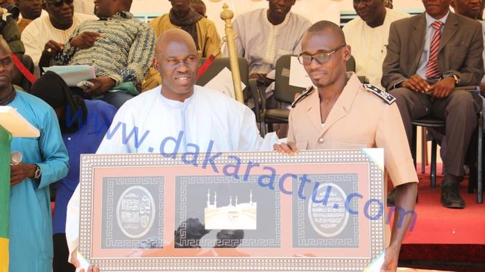 Ngoundiane : Remise de fascicules aux classes de terminale (Photos)