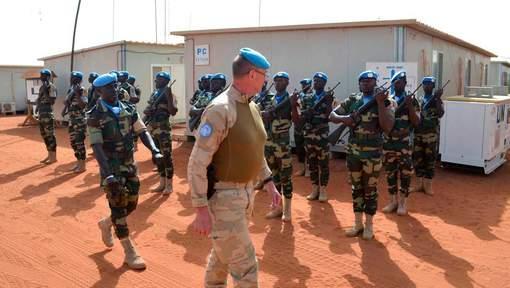 Un mort et 9 Casques bleus blessés dans l'attaque d'un camp de l'ONU au Mali