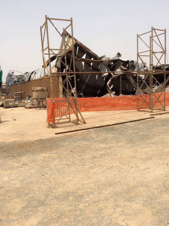 Les images de l'incendie des entrepôts de stockage de matériels de l'AIBD