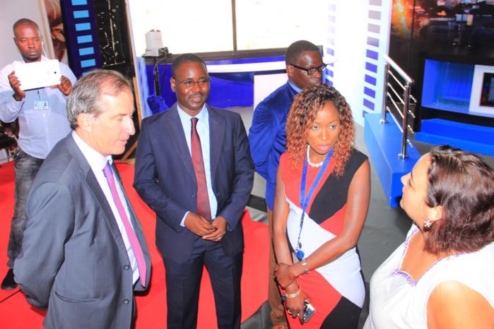 D Media : L'ambassadeur de France se rend chez Bougane (Photos)