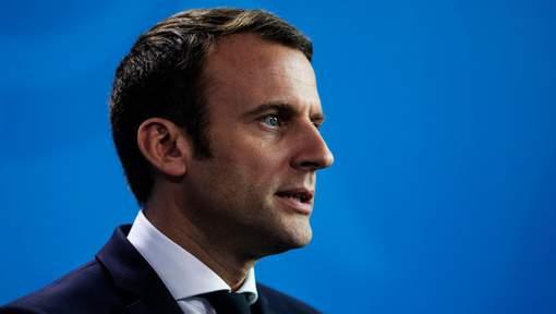 Emmanuel Macron impose son style à l'Elysée