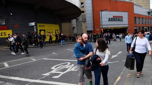 Coup de feu : Un centre commercial de Manchester évacué