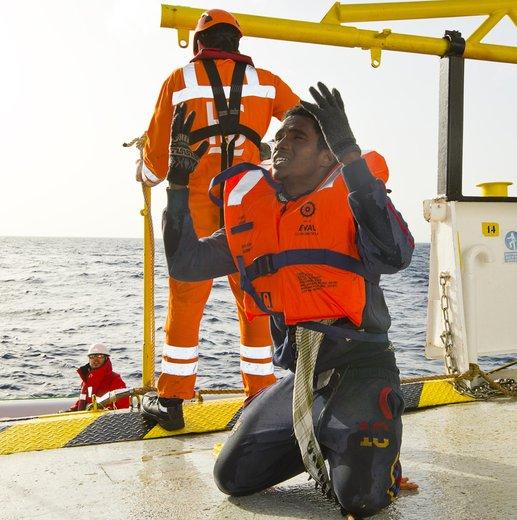 Méditerranée : Au moins 20 cadavres de migrants repêchés