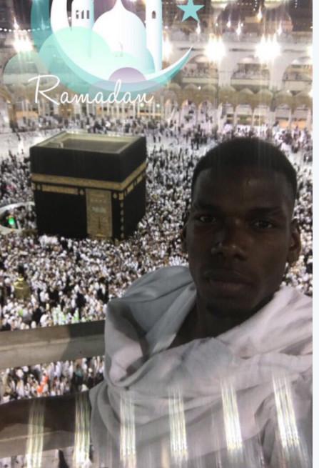 En pèlerinage à La Mecque, Pogba adresse ses vœux pour le ramadan