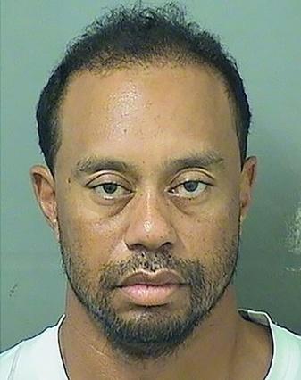 Etats-Unis: Tiger Woods arrêté pour conduite sous alcool ou drogue