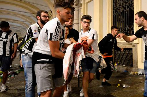 Mouvement de panique à Turin : Plus de 1.500 blessés
