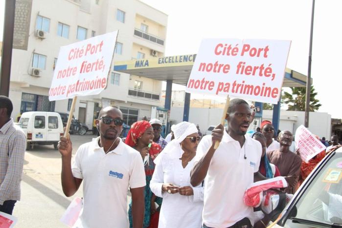 Projet de parking de Masalikoul Jinan : Cité Port marche pour opposer son véto