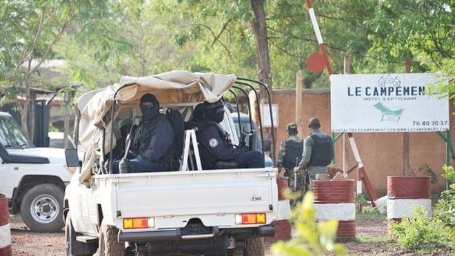 Attaque au Mali : cinq suspects arrêtés