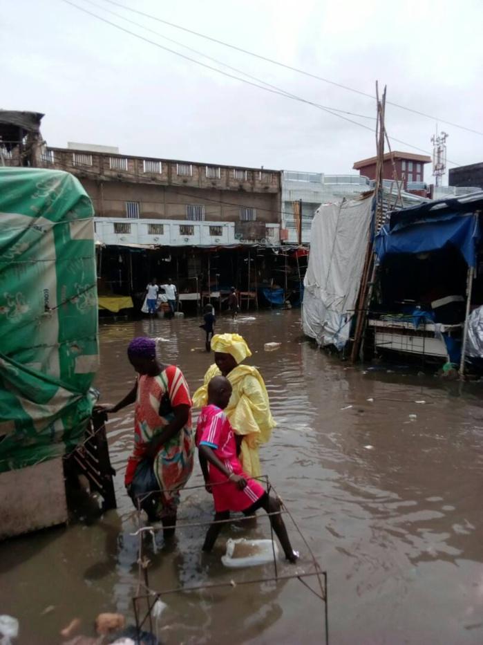 ( IMAGES) Le marché Ocass de Touba déjà inondé