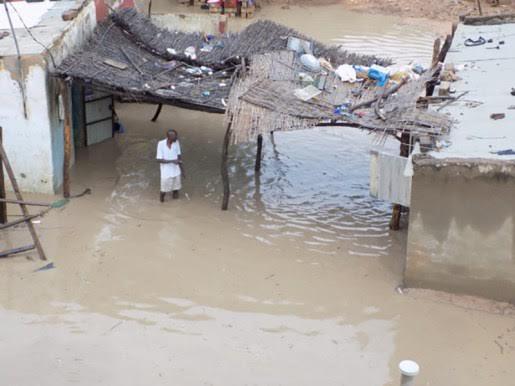 Oudalaye : Les pluies diluviennes font rebrousser chemin à la délégation Gouvernementale