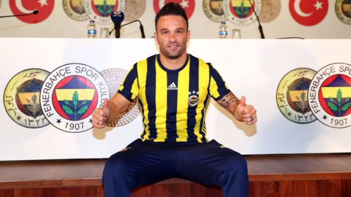Valbuena officiellement transféré pour 2 saisons à Fenerbahçe