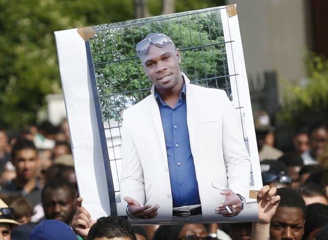 Bourde policière sur la mort d'Adama Traoré : Une nouvelle expertise médicale conclut à une mort par asphyxie