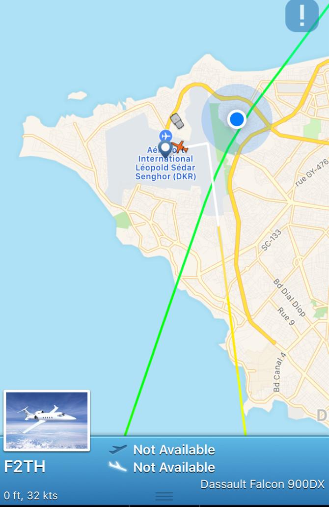 DERNIÈRE MINUTE : L'avion de Me Abdoulaye Wade vient d'atterrir sur le tarmac de l'aéroport LSS