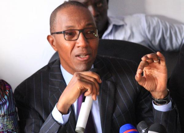 INCIDENT AU STADE DEMBA DIOP : Abdoul Mbaye présente ses condoléances aux familles éplorées ainsi qu'à toute la Nation sénégalaise.