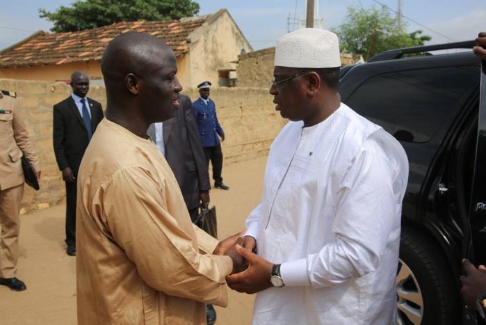 Le Président Macky Sall à Diender pour présenter ses condoléances à Ibrahima Ndoye