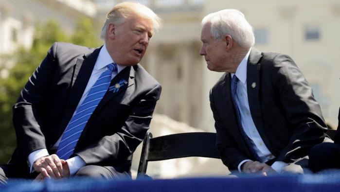 ETATS-UNIS : Donald Trump démolit son ministre de la Justice dans une interview