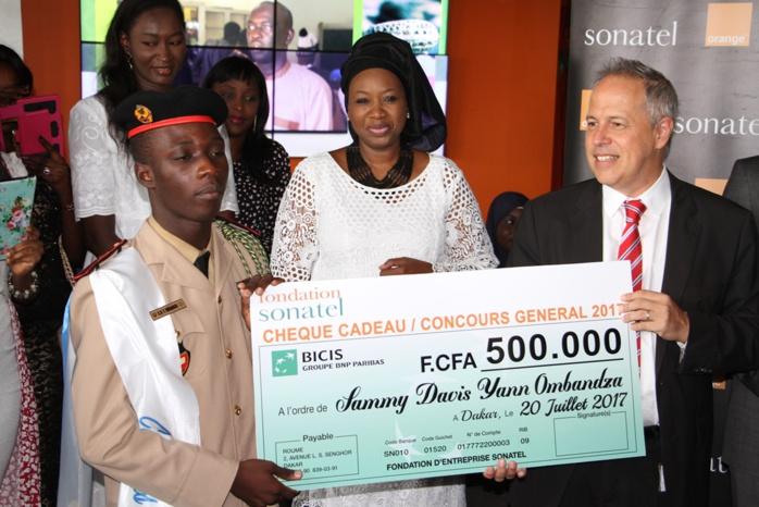 Fondation Sonatel soutient le Concours général et reçoit les lauréats 2017