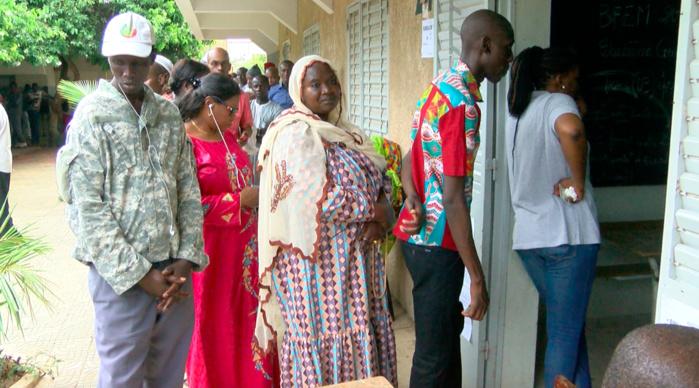 Centre Fadilou Mbacké du Point-E : Des électeurs éconduits