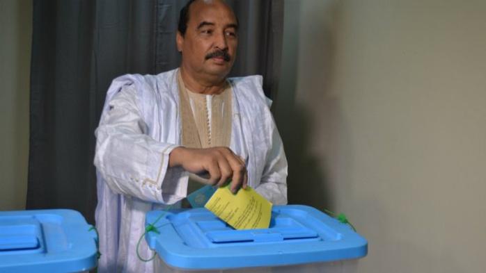 """Mauritanie : le """"oui"""" l'emporte au référendum constitutionnel contesté par l'opposition"""