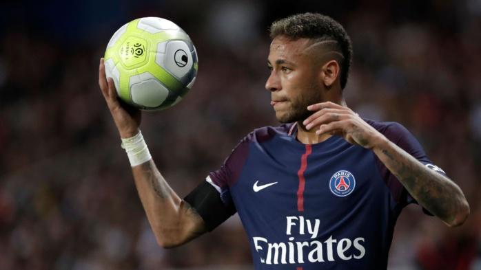 Le Barça dépose plainte contre Neymar et lui réclame 8,5 millions d'euros
