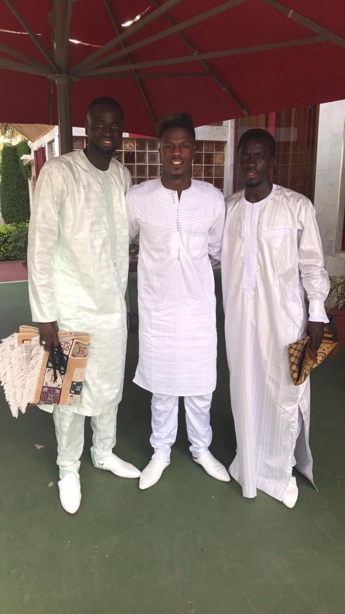 Les Lions Cheikhou Kouyaté, Diao Keïta Baldé et Idrissa Gana Guèye en mode Tabaski