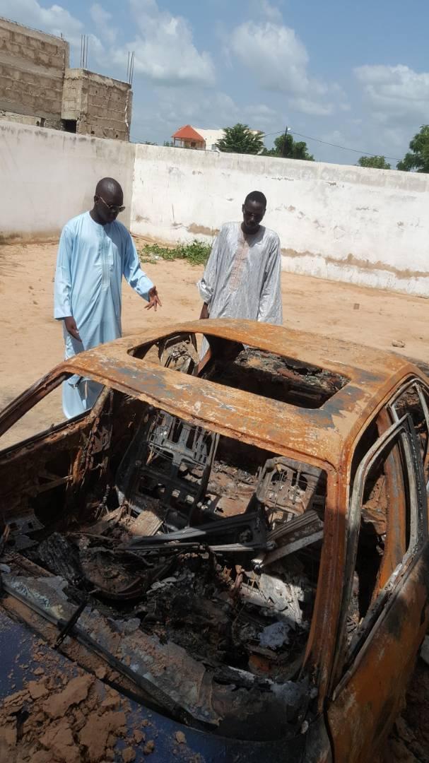 Quartier  Darou Bayla : La voiture de Serigne Kosso Ganar prend feu dans la confusion