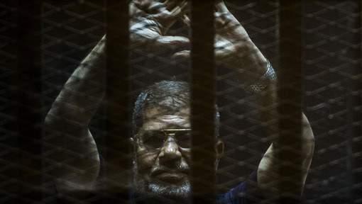 Egypte : Condamnation à vie confirmée pour l'ex-président Morsi