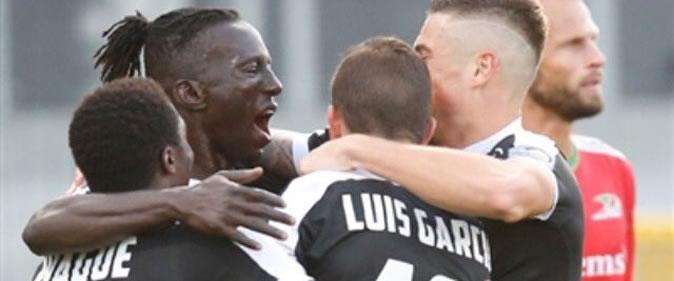 Jupiler Pro League : Mbaye Lèye marque avec Eupen (Eupen 2-3 Mouscron)