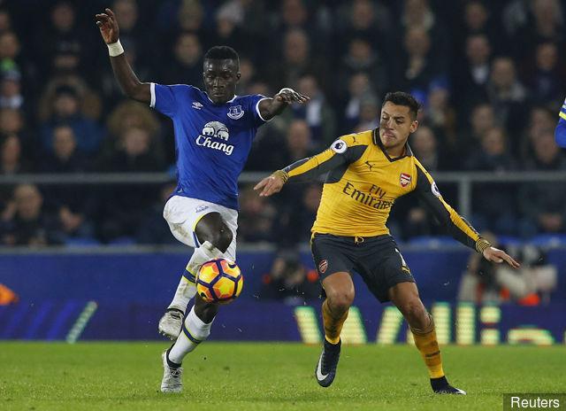 Pisté par Arsenal : Everton souhaite blinder Gana Guèye