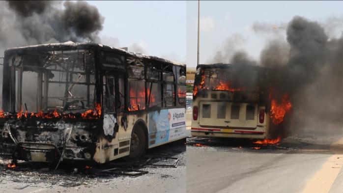 Sueurs froides : Un bus DDD plein à craquer prend feu