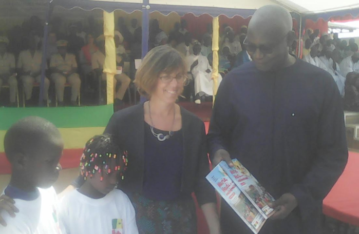 """Serigne Mbaye Thiam, ministre de l'éducation nationale : """" Le président Macky Sall a doté entre 2014 et 2017 toutes les écoles élémentaires de plus de 8 millions de manuels et livrets d'activités de français, de mathématiques et d'éducation aux scien"""