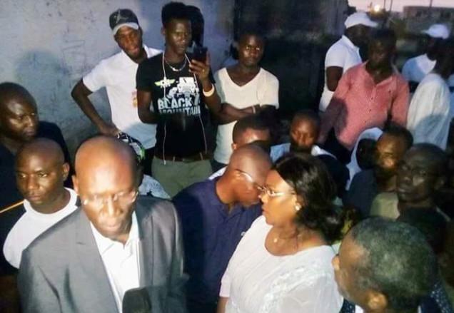 DJEDDAH THIAROYE KAW - La Première Dame offre 250 latrines à des familles démunies