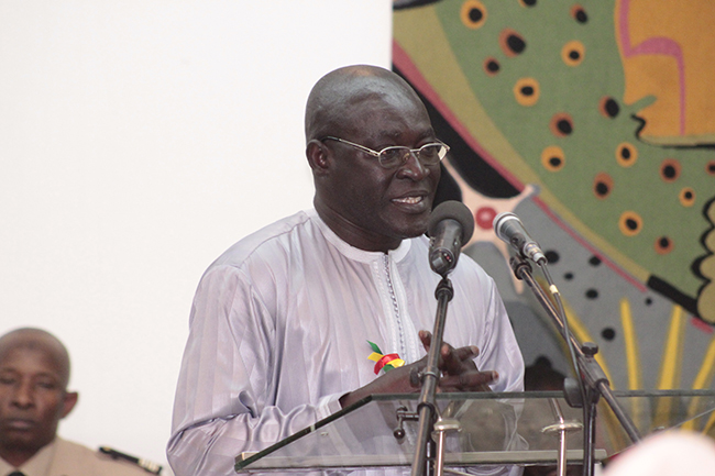 AFFAIRE AÏCHA DIALLO : Mballo Dia Thiam (SG SUTSAS) invite Macky Sall à « convoquer d'urgence les assises nationales des urgences »