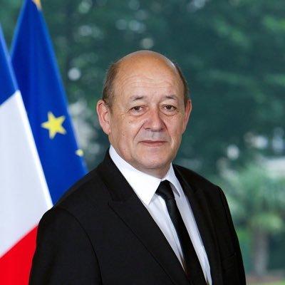 PRÉSIDENCE DE LA RÉPUBLIQUE : Jean Yves Le Drian reçu en audience par le Président Sall