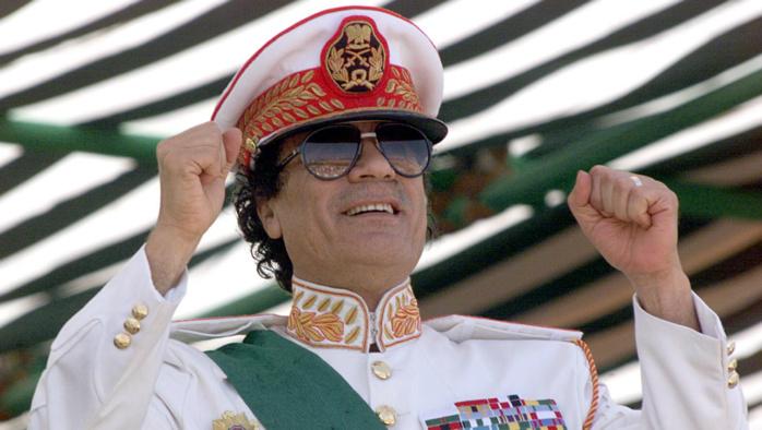 Vente de migrants africains : l'indignation des « esclaves de la mode » sur la mémoire de Kadhafi