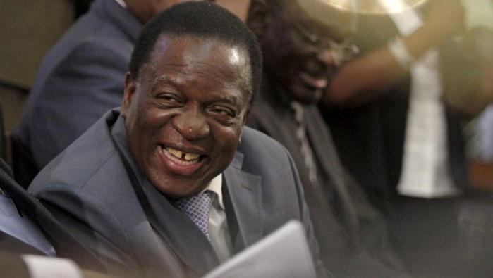 ZIMBABWE : Emmerson Mnangagwa prêt à endosser les habits de président par intérim
