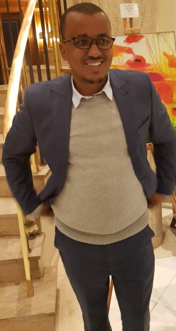"""Oumar Sow (coordinateur de la Cojer/Gabon) """"Macky Sall est un exemple à suivre"""""""